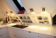 Small Apartment Living, Attic Apartment, Small Apartments, Diy Kitchen, Kitchen Interior, Küchen Design, Interior Design, Loft Room, Attic Renovation