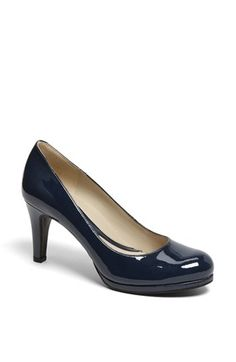 Naturalizer 'Lennox' Pump available at #Nordstrom Comfy and looks good may have to purchase