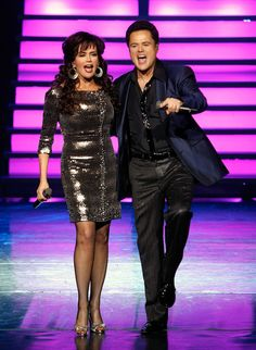 Marie Osmond Hot, Donny Osmond, Country Music Charts, Sandy Grease, Osmond Family, The Osmonds, Classic Movie Stars, Family Affair, Celebs
