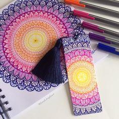 Mandala Book, Mandala Art Lesson, Mandala Artwork, Mandala Painting, Mandala Sketch, Mandala Drawing, Girl Drawing Sketches, Art Drawings, Zantangle Art