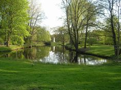 """Peaceful park in middle of Berlin. Inspiration for """"Ombra mai fu"""" by Handel"""