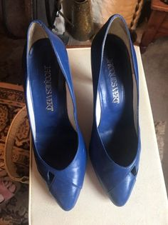 Vintage Jaques Vert Royal Blue Stiletto Heel Court Shoes In a wonderful deep blue colour these are a very pretty pair of leather stilettos with stitching and slight open design at the side, circa 1980s by Jaques Vert these are ideal for the summer months. In very good vintage condition. Size UK 4, Blue Court Shoes, Blue Stilettos, Leather High Heels, Pump Shoes, Deep Blue, Royal Blue, Stiletto Heels, Peep Toe, Slip On