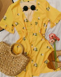Y E L L O W Just the colour yellow makes me smile Happy Tuesday! Tap to shop Magnolia Fields Floral Dress . Weekend Style, Weekend Outfit, Outfit Goals, Yellow Dress, What I Wore, Pretty Little, Style Guides, Cute Dresses, Outfit Of The Day