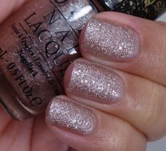 OPI Mariah Carey Holiday Collection 2013 – Liquid Sands: Silent Stars Go By