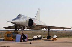 Le Mirage IV, avec sa bombe AN-11