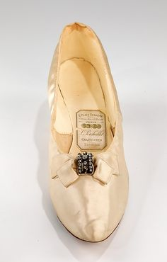 Slippers, Evening  L. Perchellet  (French)  Date: 1890–99 Culture: French Medium: silk