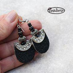 earrings by iva bro, via Flickr