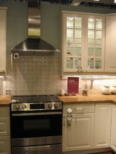 Are you planning a kitchen remodeling project or building a new kitchen? Your kitchen floor plan is critical to how well your wonderful new kitchen...