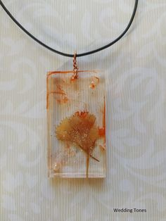 Handmade Necklace With Orange Resin Pendant With Dried Flowers And Leather Cord – Wedding Tones Resin Jewelry, Diy Jewelry, Jewellery, Handmade Necklaces, Handmade Jewelry, Handmade Copper, Resin Pendant, Leather Cord, Dried Flowers