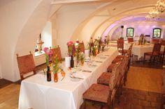 beautiful flowerdecoration Table Settings, Weddings, Table Decorations, Furniture, Beautiful, Home Decor, Decoration Home, Room Decor, Wedding