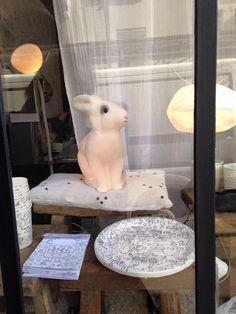 Le très joli concept store parisien les autruches, est très fier de vous annoncer la naissance Les petites Autruches  son nouveau lieu  destiné cette fois-ci à l'univers poétique des enfants.