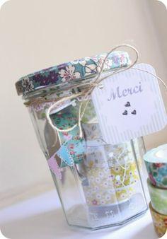 Bocal avec des bougies chauffe-plat décorées  Jar with tea candles and masking tape DIY Gift idea/ idée de cadeau
