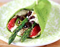 Spinach Wraps Stuffed with Hummus and Vegetables - Gluten-free, low glycemic, & paleo friendly!