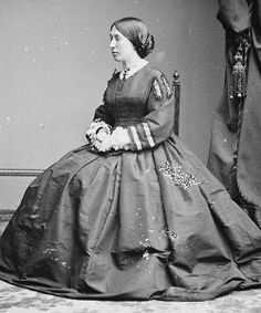 Julia Grant c. 1860 (source)
