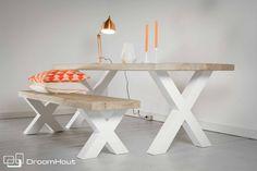 Houten tafel met witte x poten   SALE   Origineel DroomHout