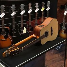 6/12 Acoustic Electric guitar by Busyui
