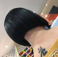 Shaved Nape, Short Bobs, Hair Girls, Inverted Bob, Short Girls, Bob Cut, Girl Hairstyles, Hair Styles, Women