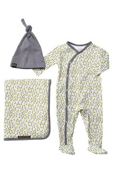 I have this organic outfit - gift from my mother to bring my son home from the hospital in. It's of course made by my fav - Petunia Pickle Bottom!