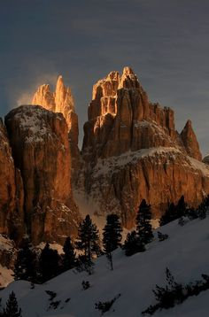 Val di Fassa dolomites, Trentino-Alto Adige, Italy. Photo by Pio Geminiani Landscape Photos, Landscape Photography, Nature Photography, Beautiful World, Beautiful Places, Paradise On Earth, Mountain Landscape, Nature Pictures, Natural Wonders