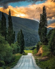Country Roads, Mountains, Landscape, Nature, Travel, Instagram Repost, Patagonia, Tv, Composite Fencing