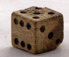 BOARD GAME NIGHT - (play as for twosome poker) - year old Persian bone dice, from a backgammon set. Wood Projects, Woodworking Projects, Objet Deco Design, Wood Dice, Vintage Games, Game Pieces, Wooden Crafts, Old Wood, Dremel