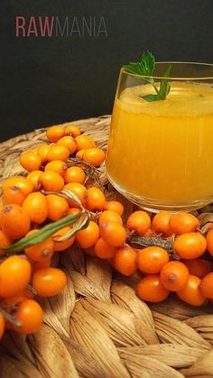 rakytnikovy elixir5 Home Canning, Beverages, Drinks, Edible Flowers, Vitamin E, Smoothies, Berries, Food And Drink, Herbs