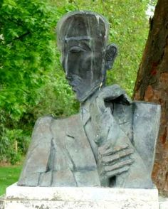 Ossip Zadkine : Buste de François Mauriac, Bordeaux
