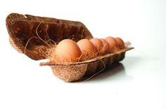 Biodegradable packaging using coconut fiber. Ame Design - amenidades do Design . blog: Botiá: criando embalagens com fibra de coco