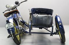 Flxible - Wikipedia Vintage Motorcycles, Cars And Motorcycles, Custom Motorcycles, Bike With Sidecar, Sidecar Motorcycle, Three Wheel Bicycle, Motos Harley, Tricycle Bike, Pedal Cars