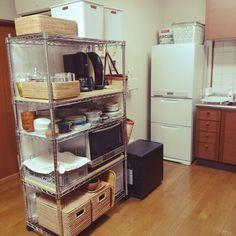 plumさんの、キッチン,無印良品,収納,白,スチールラック,シンプル,見せる収納,ホワイト,キッチン収納,マーキュリー,社宅,スチールシェルフ,マハロバスケット,のお部屋写真