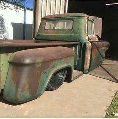 pics of rat rod trucks 1959 Chevy Truck, Chevy Pickup Trucks, Classic Chevy Trucks, Chevy Pickups, Chevrolet Trucks, Gmc Trucks, Cool Trucks, Truck Drivers, Bagged Trucks