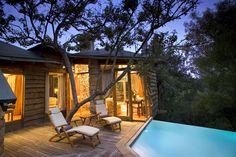 """""""Hunter Hotels"""" in Süd-Afrika: Hier gibt es sogar einen Pool direkt vor der Hütte. Mehr Infos unter www.hunterhotels.com"""