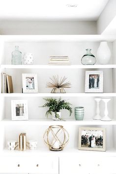 32 Dining Room Storage With Floating Shelves - Home Professional Decoration Decor, Cheap Home Decor, Bookshelf Decor, Diy Decor, Dining Room Storage, Living Decor, Home Decor, Room Decor, Home Decor Tips