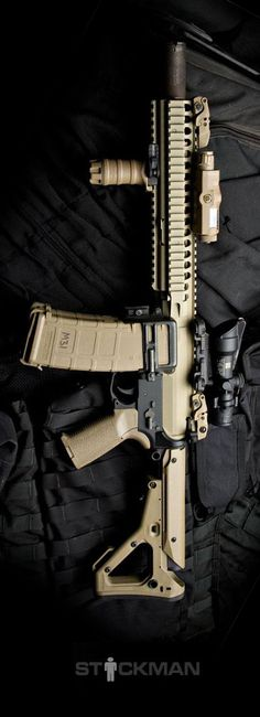 Noveske upper with Mega Arms lower, Trijicon ACOG and the redimag was from Blue Force Gear. Photo by Stickman.