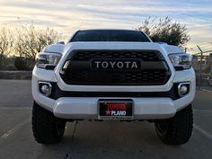 New 2017 Toyota Tacoma Limited V6 Truck Double Cab near Dallas, TX