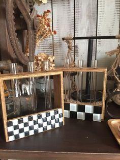 ダイソー試験管をノスタルジックにリメイク☆ガラスタイルで市松模様に!|LIMIA (リミア)