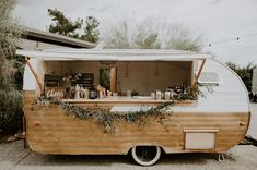 Rather than a bar, I'd like the caterer to have a cool nomadic trailer like this for food preparation and beverage service. food truck We're All About the Bridesmaids in White at this Moody Bohemian Wedding Food Truck Party, Food Truck Wedding, Wedding Reception Food, Wedding Catering, Catering Menu, Catering Ideas, Wedding Rentals, Decor Wedding, Food Truck Catering