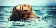 Beautiful colorful pictures and Gifs: Sea, Beach, Ocean and reflecting Water Pictures-Oceano, Playas y Reflexiones de Agua Water Pictures, Colorful Pictures, Hair Clinic, Sea Photography, Water Art, Hair Transplant, Virtual World, Hair Loss, Drum