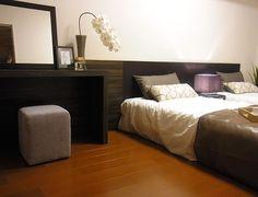 B233 ホテルライクな空間 シングルベッドを2台ゆったりと並べ、ホテルライクで優雅な印象に。