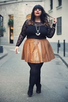 tan leather skirt. A Thick Girls Closet / http://athickgirlscloset.tumblr.com