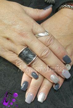 #nailsgel #nails #nailart #design #arte #diseño #modafeminina #modafashion #fashionista #style #art #artist #lovenails #design #uñasesculpidas #uñasdecoradas #uñasartisticas #moda #fashion #diseño #love #lovenails #mitrabajo #amor #cristales #swarovski #buenosaires #argentina