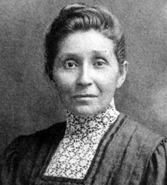 Susan La Flesche Picotte, the first Native American woman physician in the US, was born today in 1865! She founded the Picotte Memorial Hospital, which was built in 1913. The hospital, located on the Omaha Reservation, was the first hospital for a Native American reservation not funded by the US government. #HappyBirthday