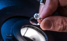 Why Diamonds of the Same Clarity Are Not Equally Clean? Buy Diamond Ring, Best Diamond, Diamond Engagement Rings, Diamond Jewelry, Diamond Cuts, Orange Ville, Types Of Diamonds, Jewelry Photography, Rings Online
