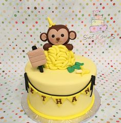 Monkey covered in bananas cake topper by SweetcreationsbyGigi Colorful Birthday Party, Fondant Cake Toppers, Bananas, Robin, Monkey, Cakes, Handmade Gifts, Desserts, Etsy
