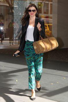 Miranda Kerr porte le sac Barrel de Burberry - Marie Claire