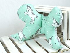 Infant Support Head Pillow Butterfly unicorn mint  Nuva