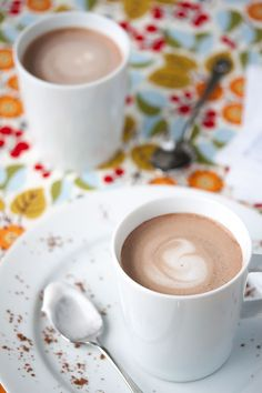 Having a stressful day? Here's a tasty treat that'll give you a big boost for just 42 little calories. Of course, it involves chocolate. (Was there any question?) Specifically, chocolate in the form of creamy, rich, satisfying almond milk hot cocoa. With an optional kick of coffee if you need a turbocharge. I love this…