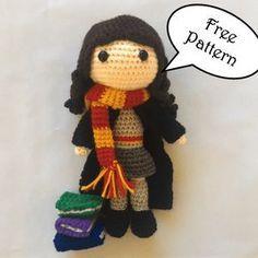 Free Hermione Granger Amigurumi Pattern (Crochet) - Daisy and Storm Harry Potter Free, Harry Potter Crochet, Harry Potter Dolls, Crochet Dolls Free Patterns, Crochet Doll Pattern, Crochet Daisy, Cute Crochet, Crochet Patterns Amigurumi, Amigurumi Doll