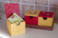 Tolle Bastelanleitungen gibt es auf der Website! Decorative Boxes, Home Decor, Craft Tutorials, Autumn, Amazing, Handarbeit, Patterns, Women's, Decoration Home