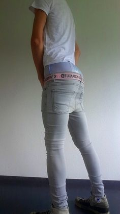 Gays in tight jeans gallery